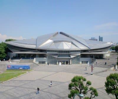 会場から見えた東京体育館の風景。千駄ヶ谷の空は広いです