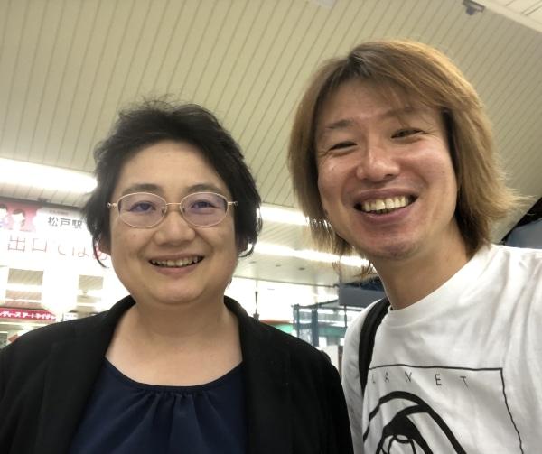 昨年11月11日、上西充子先生とフジノ@松戸駅